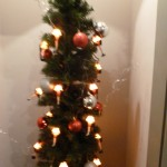 A Christmas Story House Museum - leg lamp lights